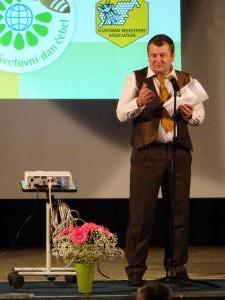 Predsednik ČD Petra Pavla Glavarja Milan Starovasnik, slovesnost ob 1. svetovnem dnevu čebel, 18. 5, 2018